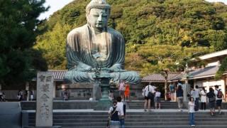 世界「国宝にも入れちゃう」鎌倉は大仏やざるでお金を洗う神社まである!