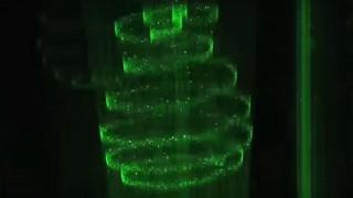 海外「3D映像を投影!」空気中の窒素・酸素をプラズマ発光