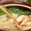 海外「スープが決め手!」きりたんぽ鍋はせりとキノコの相性抜群
