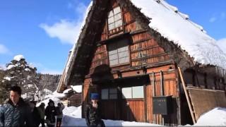 海外「都会からかけ離れた銀世界」雪の白川郷は青空と雪が似合う町!