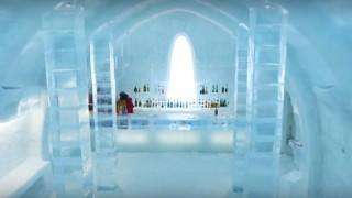 海外「素晴らしい場所だ!」北海道の冬に湖上の氷村へ氷で作った建造が綺麗!