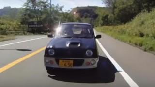 海外「俺の夢の生活だよ!」北海道の大自然を軽自動車で満喫