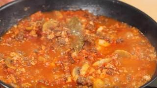 海外「冷凍豆腐でお腹いっぱい」低糖質ミートソースの作り方 糖質制限レシピ