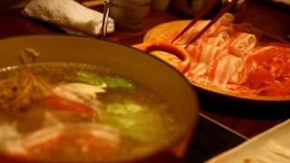 海外「自分で出来るなんて最高!」しゃぶしゃぶ食べ放題は体に良い食材でとても美味しそう!