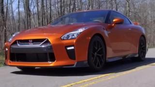 海外「日産のスポーツカーがモデルチェンジ」新型GT-Rは今後に期待!