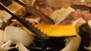 海外「北海道に行ったらコレ!」ジンギスカンは、お肉がおいしい!