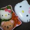 海外「キティちゃんかわいい!」ハローキティおにぎり弁当に称賛