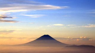 海外「四季の移ろいに感動!」富士山の風景に絶賛の嵐