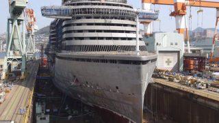 海外「進水するまでのタイムラプス」クルーズ船の建造に称賛