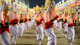 海外「ものすごい迫力だね!」徳島の阿波踊りに感動