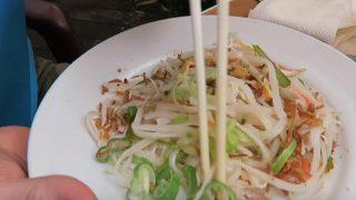 世界「安い!東京・新宿ランチ」タイ料理食べ放題を満喫
