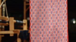 海外「普段の着物にぴったっり!」久留米絣の手織りの素朴な風合を高く評価
