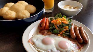 海外「手軽で簡単!フライパンで作るパン」日本の朝ごはん 洋食編のメニュー