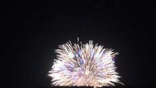 海外「新潟 片貝まつりの四尺玉」巨大花火シェルストーリーが世界一の現場に密着
