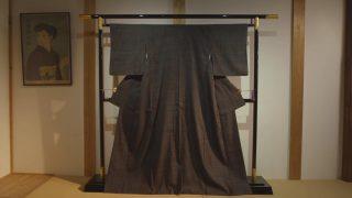 海外「丁寧な手つむぎ・手織物の仕事に感動」結城紬は茨木で最古の織物