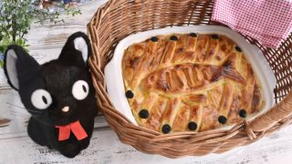 海外「魔女の宅急便の名シーンを再現!」ニシンとかぼちゃのパイを作ってみた