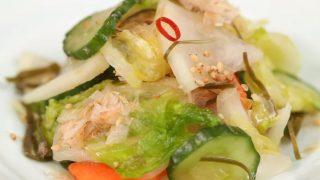 海外「あと一品、30分漬けおくだけ!」ミックス野菜の浅漬けの簡単な作り方